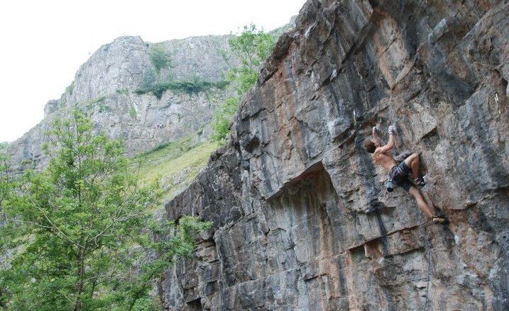 Робин О'Лири на Insatiable, 7b+, Cheddar Gorge UKC Articles, Jul 2011 © Jen Wilby