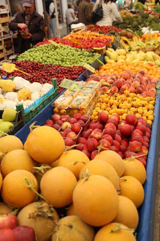 Субботний разноцветный базар