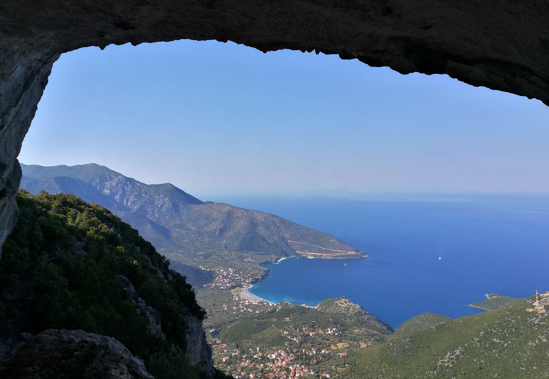 Вид на море с сектора Babala